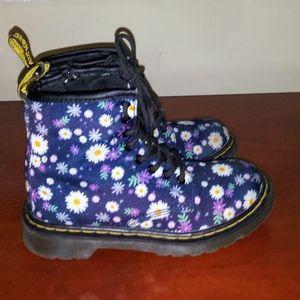 Junior Dr. Martens boots